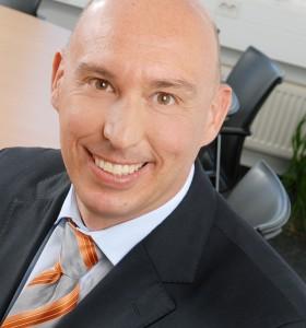 Dr. Stephan Fischer